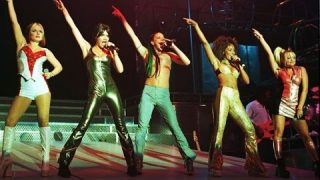 Spice Girls – Spiceworld Tour Live In Madrid – FULL SHOW WITH GERI!